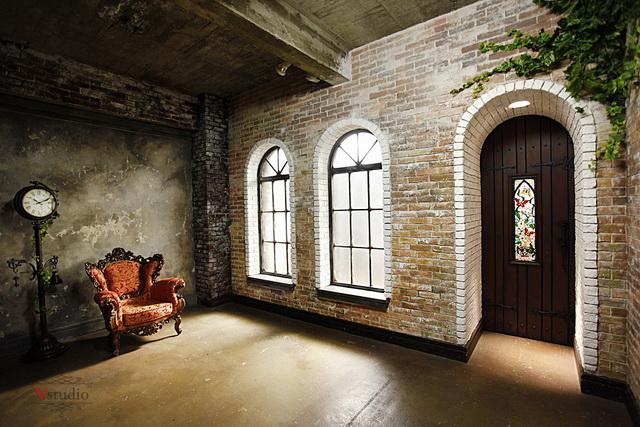 旧アーチ型の用窓エリア